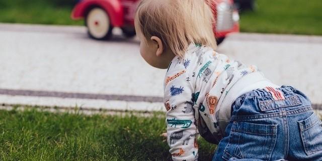 Motricité libre: comment et pourquoi permettre à l'enfant d'explorer librement